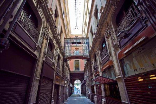 Ramblas Apartments - фото 21