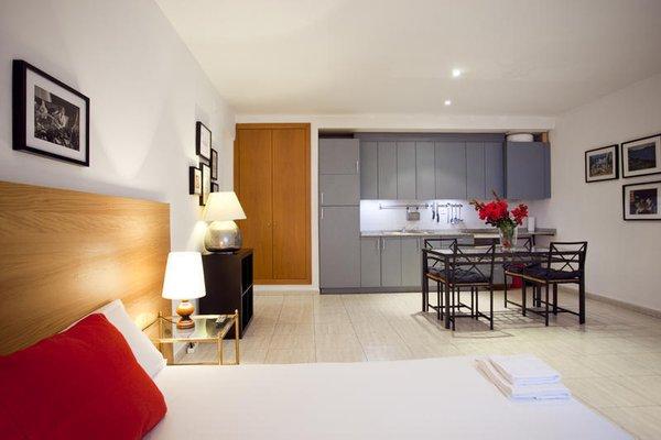 Ramblas Apartments - фото 9