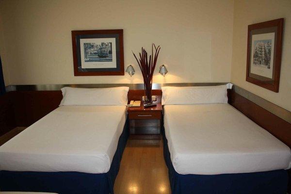 Tres Torres Atiram Hotels - фото 7