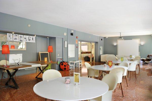 Tres Torres Atiram Hotels - фото 9