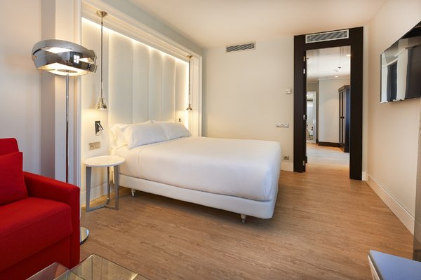 NH Collection Barcelona Gran Hotel Calderon - 3