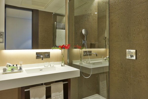 NH Collection Barcelona Gran Hotel Calderon - 7