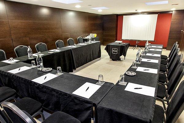 Zenit Borrell Отель - фото 21