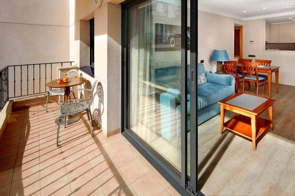 Apartaments-Hotel Hispanos 7 Suiza - фото 16