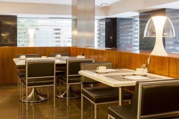 AC Hotel Irla, a Marriott Lifestyle Hotel - фото 12