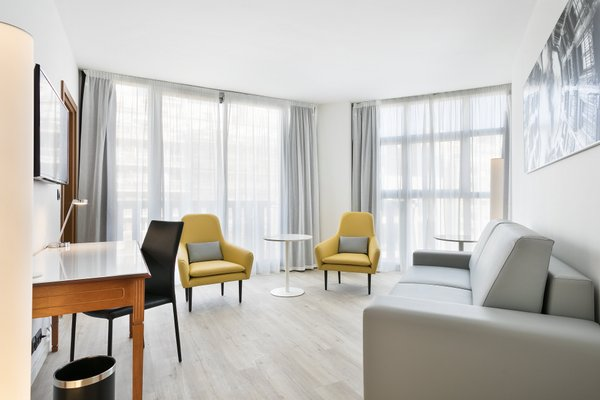 Tryp Barcelona Apolo Hotel - 5