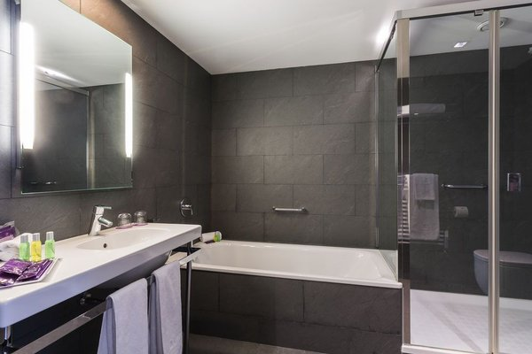 Ayre Hotel Gran Vía - фото 9