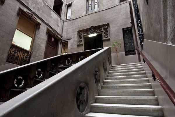 Hostal Girona - фото 15