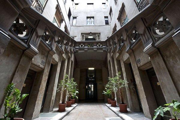 Hostal Girona - фото 21