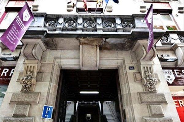 Hostal Girona - фото 23
