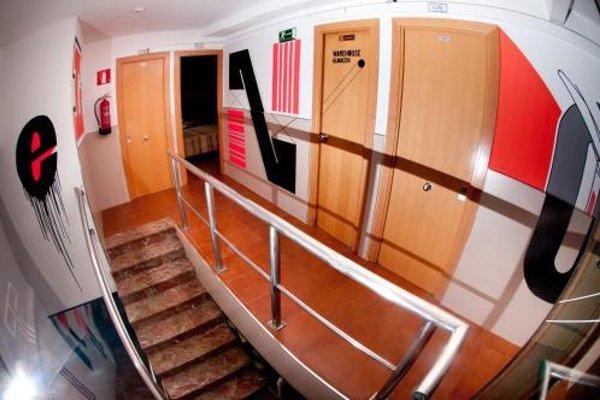 Budget Hostal Ramblas с удобствами на этаже - 18