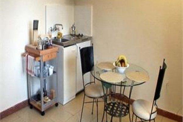 Tibidabo Apartments - фото 11