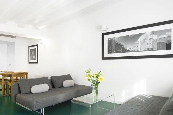 AB Joaquim Costa Apartments - фото 11
