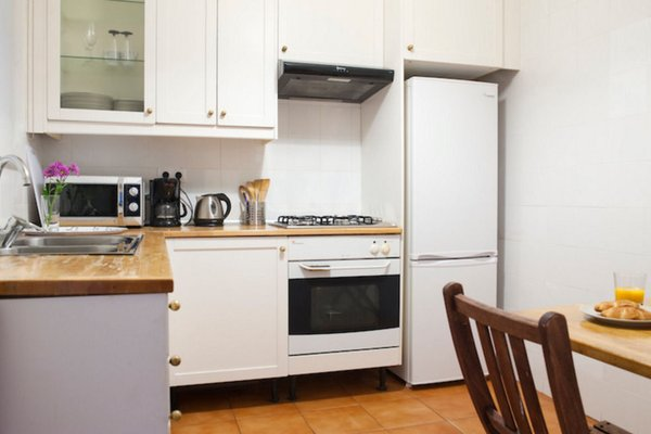 ELLA Guest House Barcelona - 10