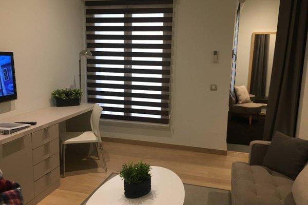 Fisa Rentals Gran Via Apartments - фото 20