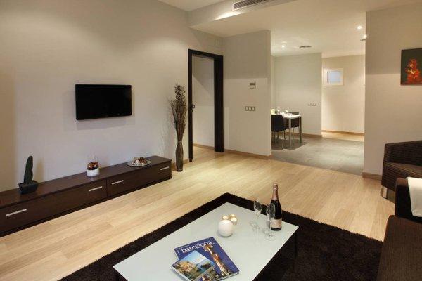 Fisa Rentals Gran Via Apartments - фото 8