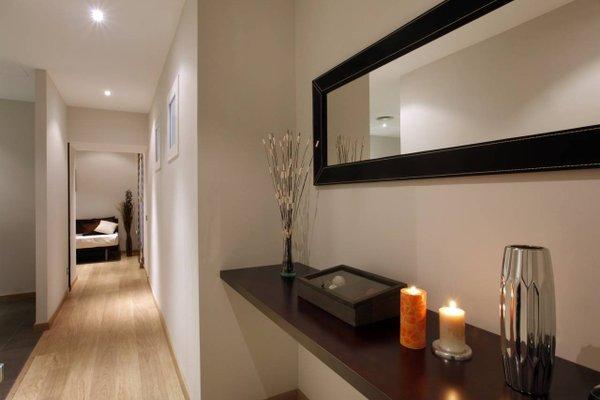 Fisa Rentals Gran Via Apartments - фото 9