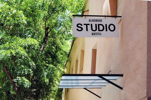 Хостел Albergue Studio - фото 20
