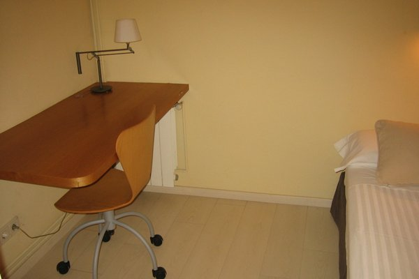 Apartaments Sant Jordi Girona 97 - 18
