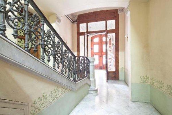 Central Suites Barcelona - фото 18