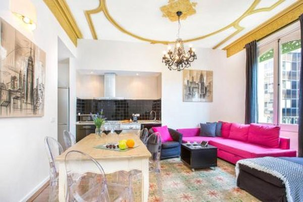 Central Suites Barcelona - фото 8