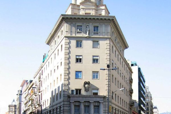 Fisa Rentals Ramblas Apartments - фото 50