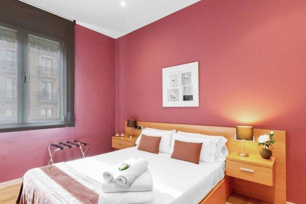 Fisa Rentals Ramblas Apartments - фото 3