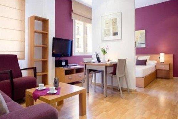 Fisa Rentals Ramblas Apartments - фото 5