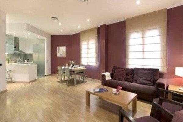 Fisa Rentals Ramblas Apartments - фото 9