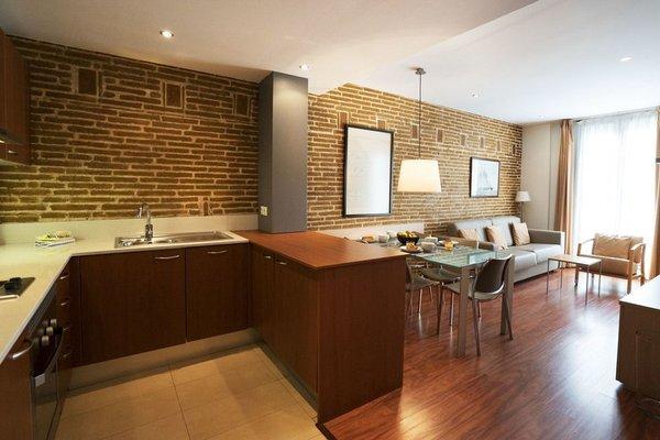 Arc de Triomf Apartments - 20