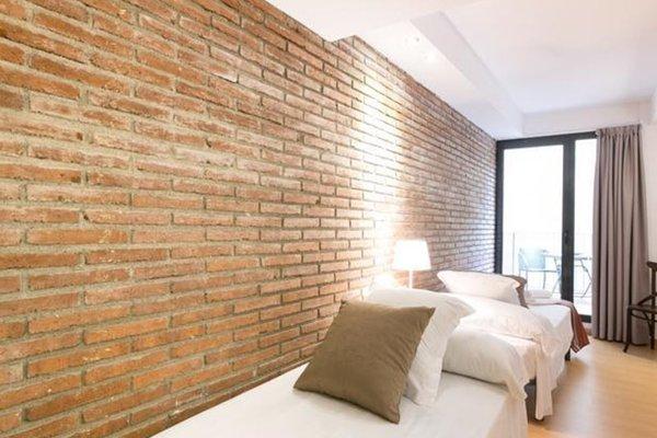 Arc de Triomf Apartments - 3