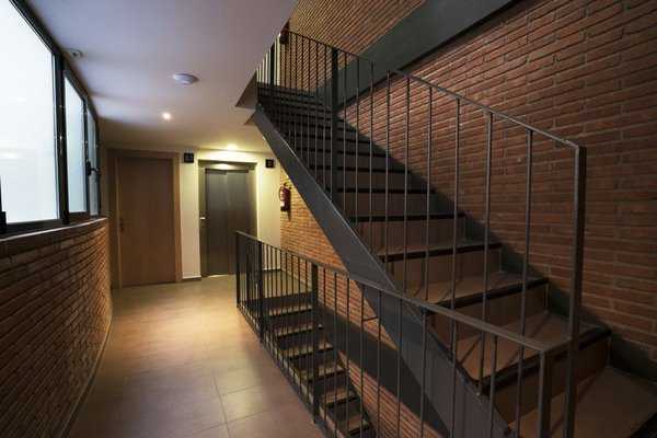 Arc de Triomf Apartments - 6