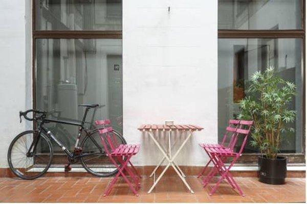 Lullaby Hostel Rambla Cataluna - фото 9