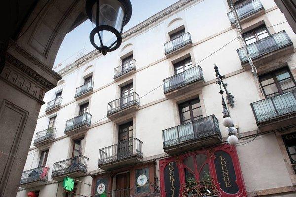 MH Apartments Opera Rambla - фото 15