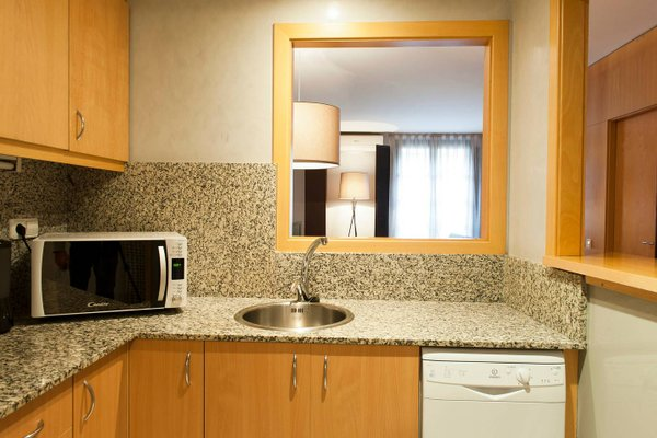 MH Apartments Opera Rambla - фото 8