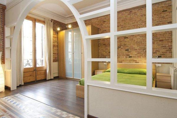 Fuster Apartments by Aspasios - фото 19