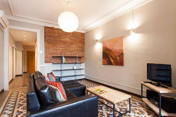 Fuster Apartments by Aspasios - фото 7