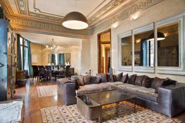 Midtown Luxury Apartments - 21