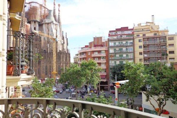 Gaudi Sagrada Familia - фото 21