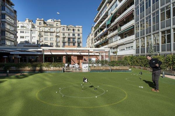Отель Catalonia Barcelona Golf - фото 19