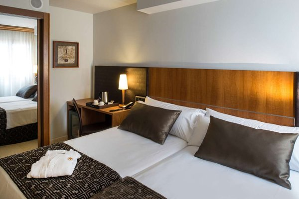 Отель Catalonia Barcelona Golf - фото 3