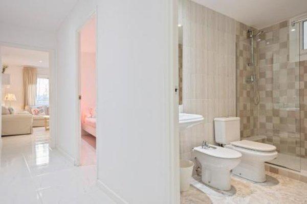 Barcelona Comtal Apartments - 17
