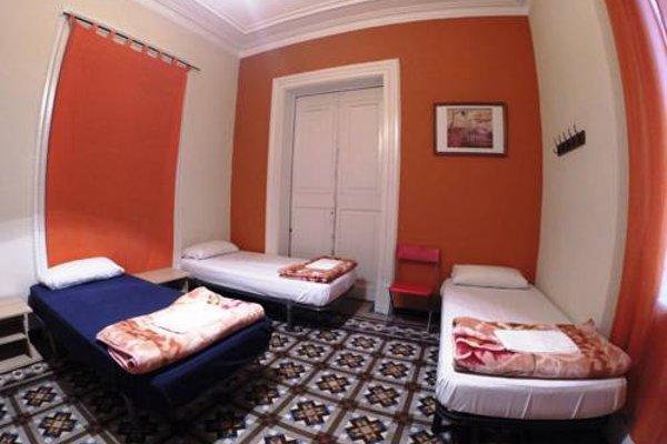 Barcelona 4 Fun Hostel - фото 11