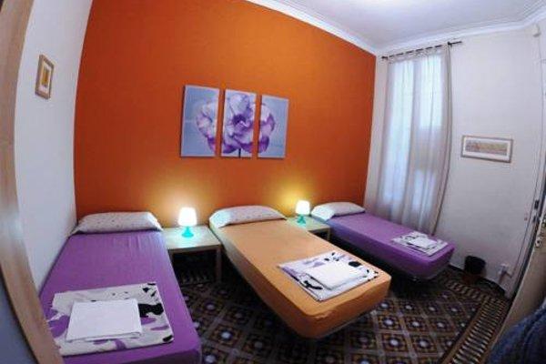 Barcelona 4 Fun Hostel - фото 12