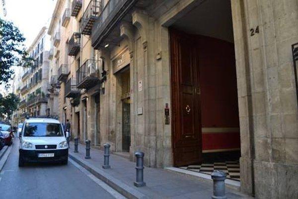 Barcelona 4 Fun Hostel - фото 23