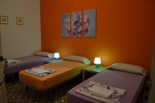 Barcelona 4 Fun Hostel - фото 4