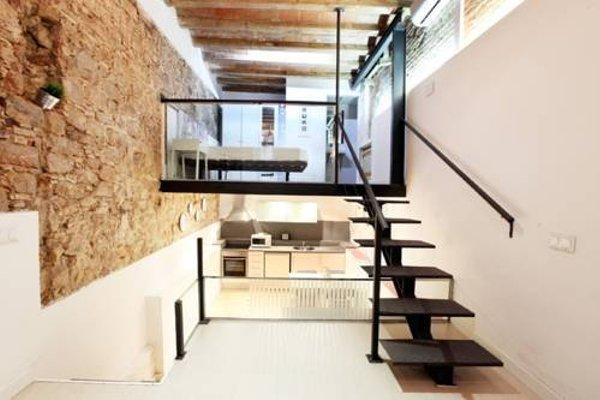 Raval Suites - фото 17
