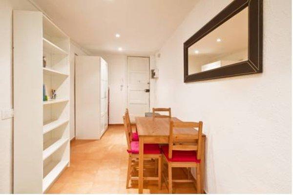Raval Suites - фото 21