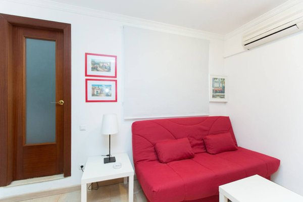 Stay Barcelona Gracia Apartments - фото 4