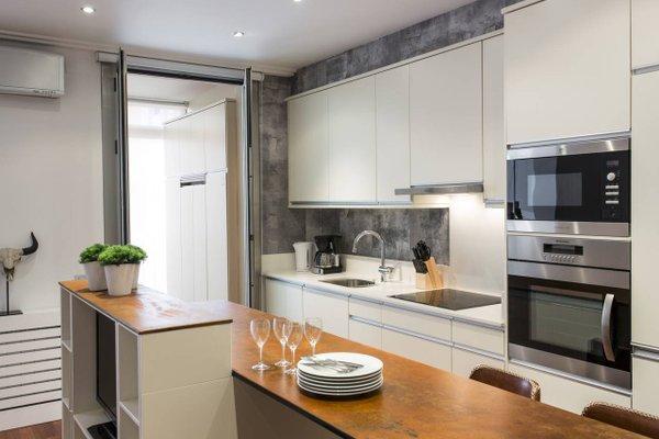 BCN Luxury Apartments - 15